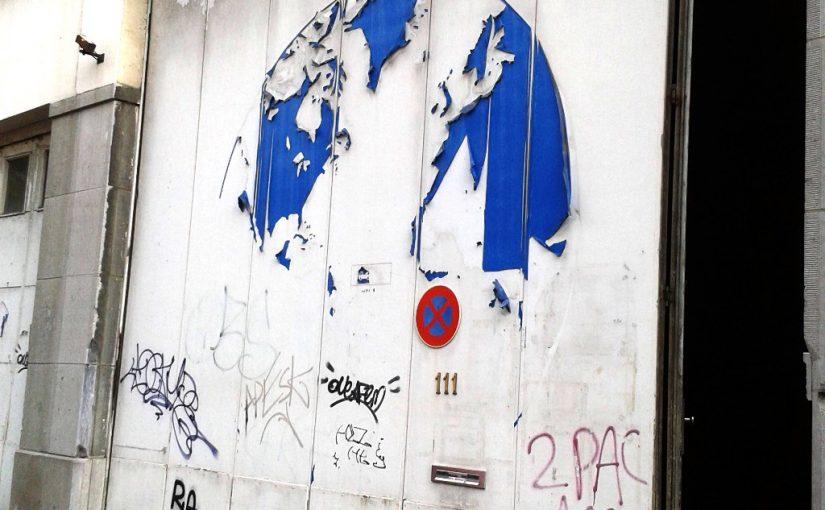 The door to Hybrid Studios in Brussels. Hybrid Studios – rue de l'Intendant 111 – 1080 Brussels, Belgium.