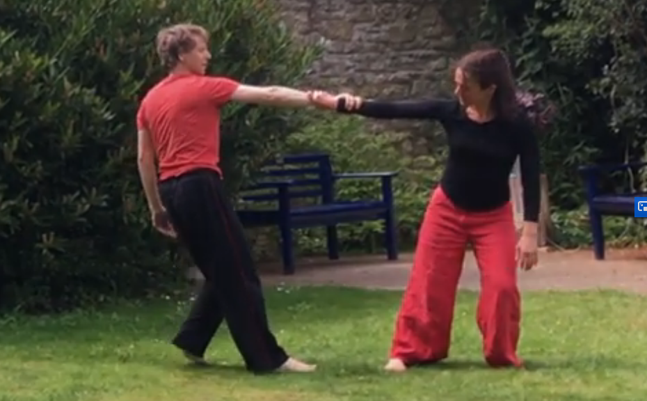 Contra-balance : In-between dance, Andrew Wood and Josephine Dyer at The Turrill Sculpture Garden, Oxford (2019). Photo: Fiona Bennett